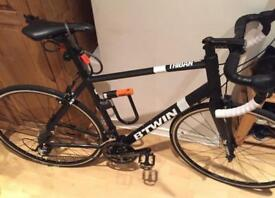 BTWIN ROAD BIKE - EXCELLENT CONDITION
