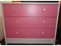 A NICE PINK AND WHITE 3 DRAW