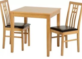 Dining Table Medium Oak 75 x 75cm