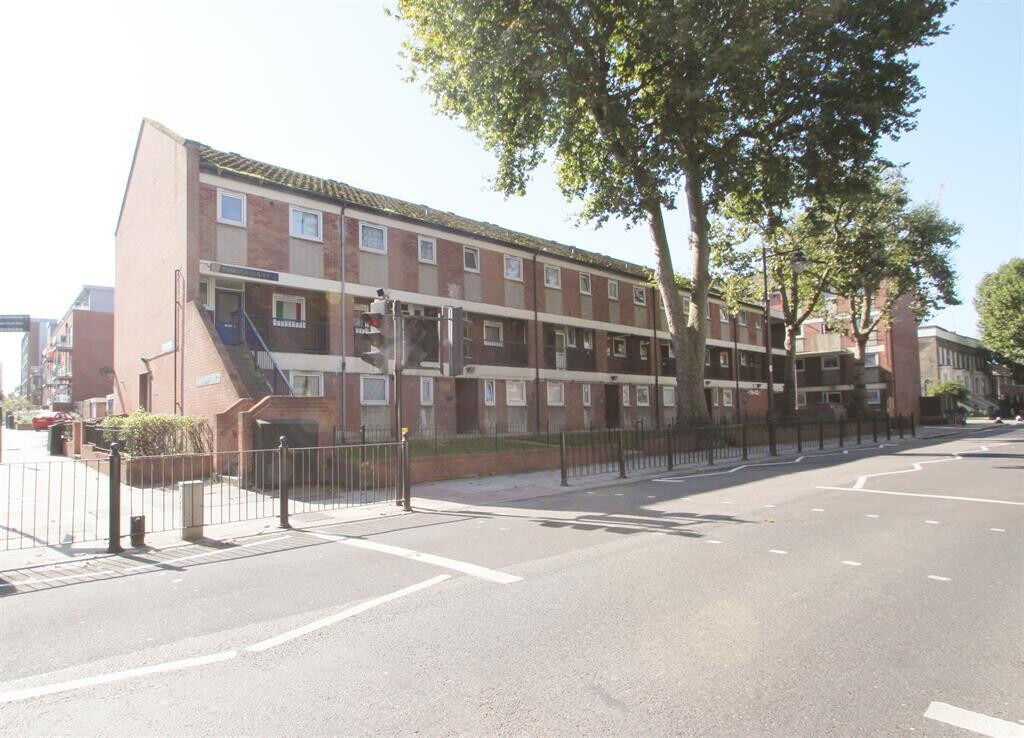 Housing Benefit Accepted 2 Bedroom Flat Roman Rd Bethnal Green