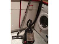 Vacuum in very good condition on SALE!!