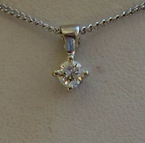 halo jewellry ct center pendant of cushion universe my in s website diamond beautiful necklace forevermark