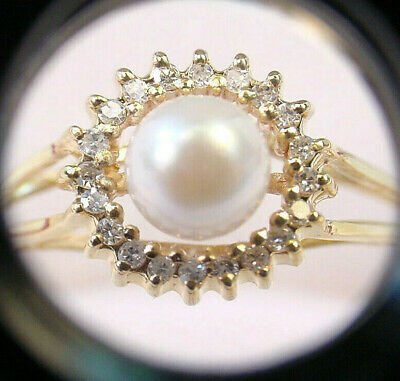 CULTURED AKOYA PEARL 6.20 mm. with .08 TCW  DIAMONDS HALO 10K GOLD RING   ()