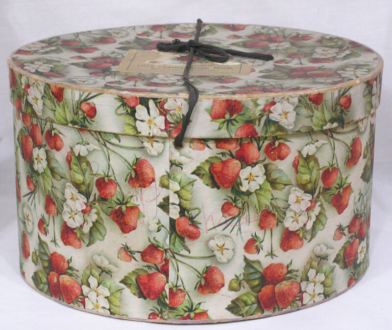 Vintage 1930s Hat Box Strawberries Blossoms Print Baltimore Importer