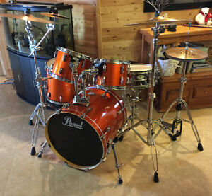 buy or sell drums percussion in winnipeg musical instruments kijiji classifieds page 10. Black Bedroom Furniture Sets. Home Design Ideas