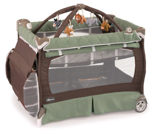 Chicco Lullaby XL playard