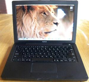 Macbook A1181 Noir.