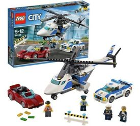 New Lego city 60138 rrp £20