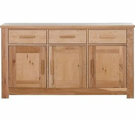 Brand New Schreiber Harbury Large Oak Sideboard