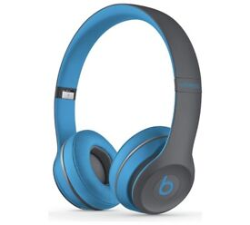 Beats Solo2 On-Ear Wireless Active Headphones - Blue/Grey