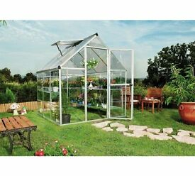 BRAND NEW 6ft X 6ft Aliminum Greenhouse / Plastic Glazing