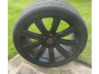 Land Rover 22 inch Alloy Wheels complete with tyres