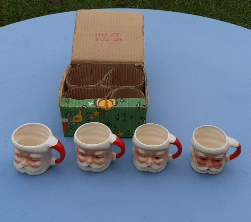 Set 4 Vintage Christmas SANTA Claus MUGS Cups Ceramic JAPAN in ORIGINAL BOX NICE