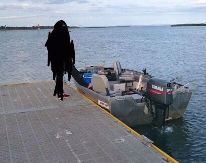 MAKOCRAFT TINNIE FISHING BOAT SWAP FOR FIBREGLASS HALF CAB Blind Bight Casey Area Preview