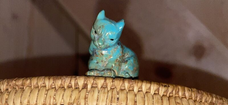 Native American Turquoise Cat Fetish