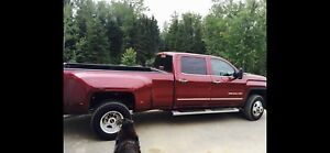 "Top othe line 2015 GMC Denali Dually 3500 Diesel ""MINT"" REDUCED"