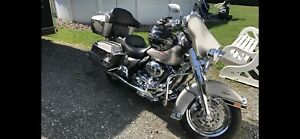 Harley-Davidson Flhtc 2008 1584cc beaucoup chrome !