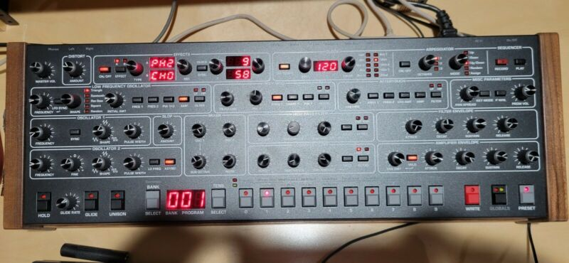 Dave Smith Instruments Sequential Prophet-6 Module W. Original Packaging/Manuals