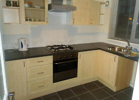 2 bedroom Flat in Pontypridd, Available 1st Aug
