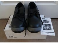 Arco Essentials Safety Boots size 12