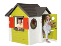 Moby Plastic Playhouse in very good condition