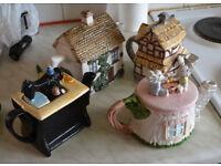 4 Themed Teapots