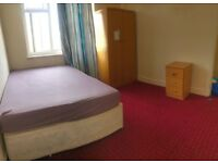DOUBLE ROOM TO RENT IN ILFORD £450 PM