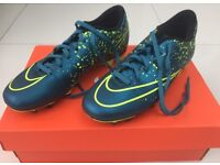 Nike Mercurial victory V Blue and Yellow Football boots