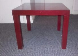 Coffee table (cherry red)