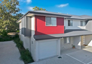 Townhouse With tidal WATER VIEWS for rent NOW! Thorneside Redland Area Preview