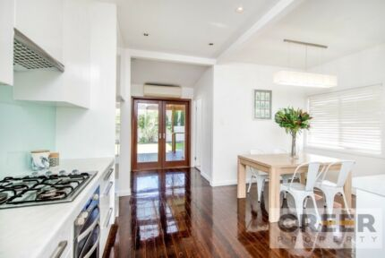For Rent: large 3bdr house. 3km from cbd & merewether beach