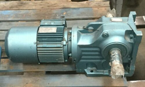 SEW Eurodrive Motor & Gear Box / 1.5 HP / 1740 RPM / 230YY/460Y / 3 Ph
