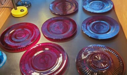"""Lot of (7) Vintage 10"""" Dinner Plates Ruby Red 1960"""