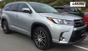 2017 Toyota Highlander AWD SE DEMO