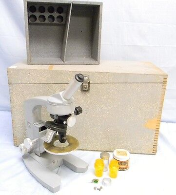 Vintage Ao American Optical Spencer Student Microscope With 3 Lens Turret