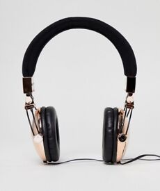 TYPO Tune Out Headphones in Rose Gold