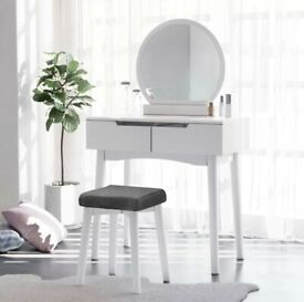 Brand new dressing table, with mirror and stool