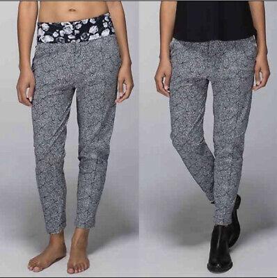 Lululemon Womens Departure Plush Petal Pant Black Floral Print Size 6