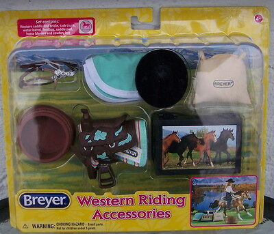 61071 Breyer Modellpferd Western Riding Set  1:12