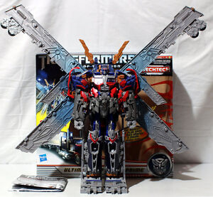 TRANSFORMERS ULTIMATE OPTIMUS PRIME DOTM WITH BOX & INSTRUCTIONS