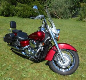 2011 Honda Shadow Areo 750cc (Excellent Condition