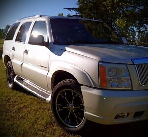 2003 Cadillac Escalade SUV, Crossover Caddy