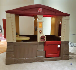 Step 2 Cottage Kids Playhouse