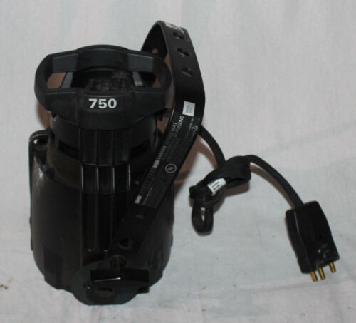 ETC Source Four 750 Ellipsoidal Bulb and base only working with 575 w bulb