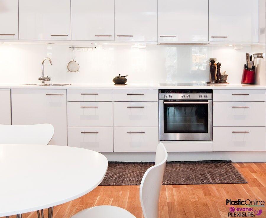White Plastic Perspex Acrylic Kitchen Bathroom Splashback