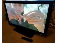 """TECHNIKA 42"""" LED TV FULL HD BUILT IN FREEVIEW EXCELLENT CONDITION REMOTE CONTROL HDMI FULLY WORKING"""