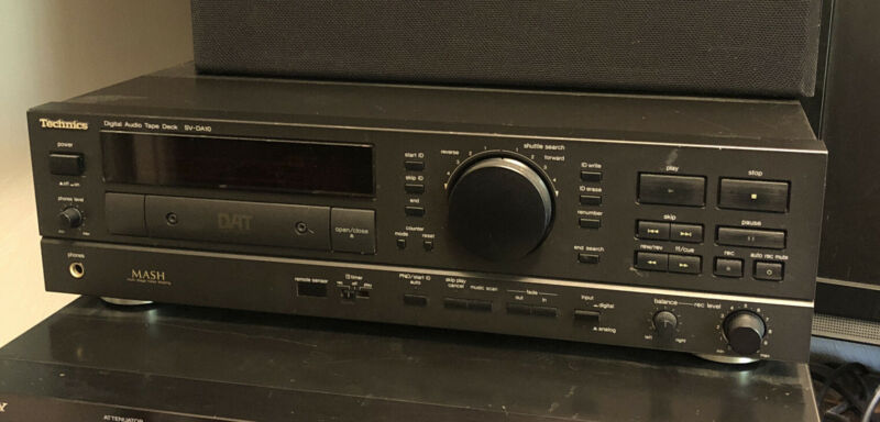 Technics SV-DA10 DAT Digital Audio Tape Deck w/ Remote