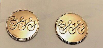 (Vintage Set of Shields Circular Gold Engraved GGG Metal Cufflinks)
