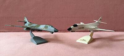 2 Ertl Force One Diecast Models B-1 Bomber Airplanes