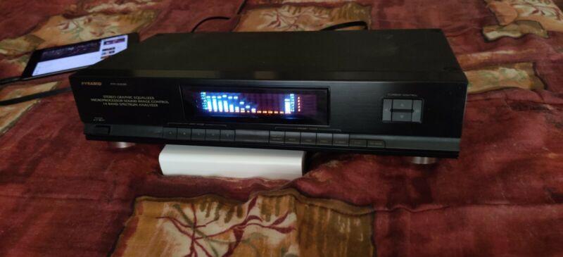 Pyramid Stereo Equalizer / Spectrum Analyzer PR-333E